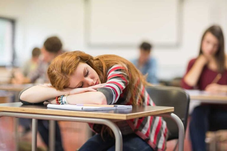 How To Stop Falling Asleep In Class